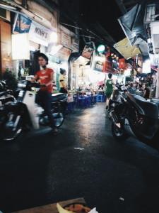 Old Quarter at Night (Bia Hoi Corner)